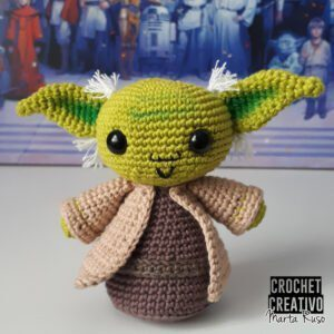 Patrón para tejer a Yoda amigurumi